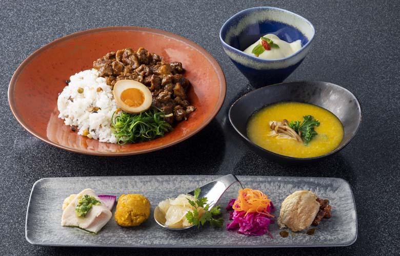 ランチセット 魯肉・粥ベジスープセット 2750円